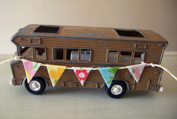 Tootsie Toy Camper